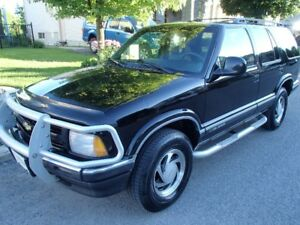 1997 CHEVY BLAZER 4WD LT LUXURY TRIM – FULLY EQUIPPED - MUST SEE