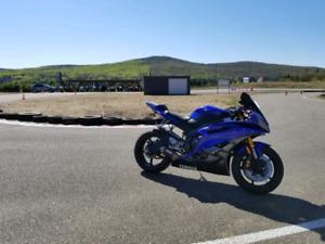 Yamaha R6 bleu 2007