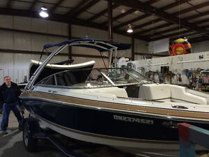 2008 four winns H200 with low hours