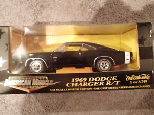 1:18 SCALE DIE-CAST AMERICAN MUSCLE 1969 DODGE CHARGER R/T  - X9