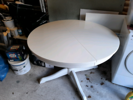 Ikea extendable round table