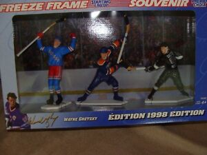 1998 starting lineup gretzky freeze frame set