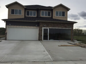 HOUSES IN STRATHMORE, AB