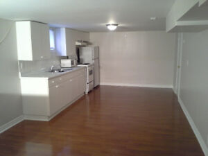 Great Location near Mall & Shopping and Schools
