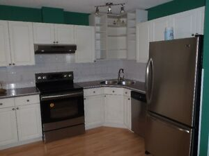 4 BEDROOMS (END UNIT) FOR LEASE OR RENT.