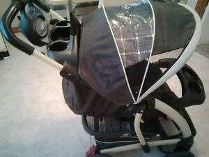 Graco Stroller -- very clean Peterborough Peterborough Area image 1
