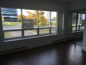 Commercial /Offices renovated space for rent 1000sf