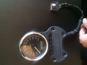 LOOKING FOR FACTORY SPEEDO/HANDLEBAR MOUNT 08 DYNA