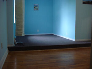 furnished room at woodroffe and meadowlands