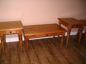 Solid Oak Coffee Table and End Tables Set    As new !
