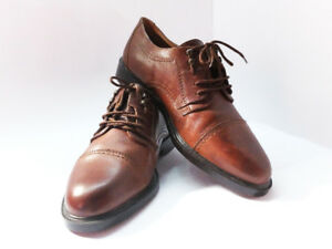 Size 8 Men Brown Leather Dress Shoes