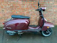 Royal Alloy TG 125cc S LC ABS – own this scooter for only £18.96 a week!