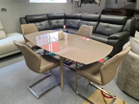 Extending Dining table with 4 chairs