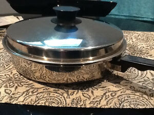 LARGE STAINLESS STEEL FRY PAN with LID