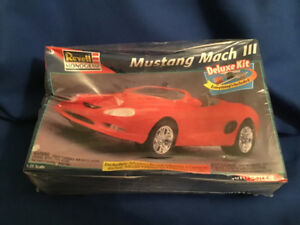 Revell Mustang Mach lll Deluxe Car Model Sealed