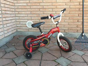 Lightning MC Queen Toddler bicycle / bicyclette pour tout-petit