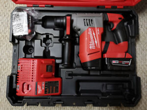 Brand New Milwaukee M18 Fuel1-1/8Inch SDS Plus Rotary Hammer kit