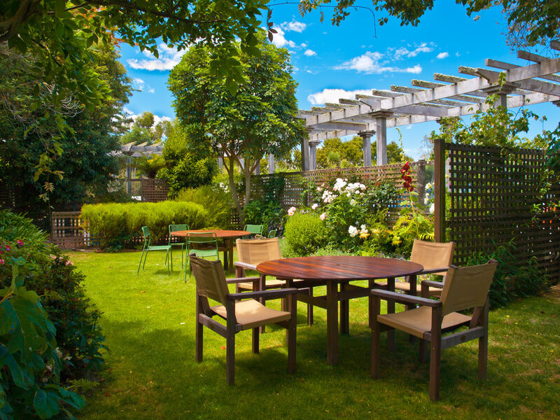the complete guide to garden decor - Garden Decor