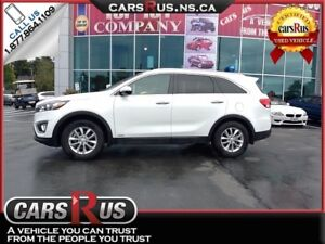 2017 Kia Sorento LX AWD  FINANCE AND GET FREE WINTER TIRES!