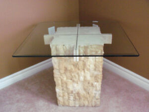 ****BEAUTIFUL MULTI/FACE STONE /BEVELLED GLASS TABLE**** Stratford Kitchener Area image 6