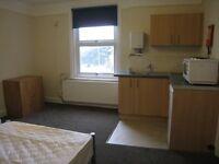 Top floor bedsit, Old Tiverton Road
