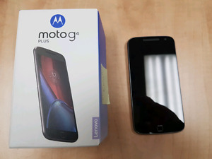 MOTO G4 PLAY PLUS IN EXCELLENT CONDITION IN BOX TELUS OR KOODO