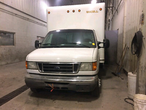 2005 Ford E450. PRICE IS NEGOTIABLE