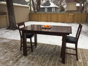 Nice Dining Table with Six Chairs
