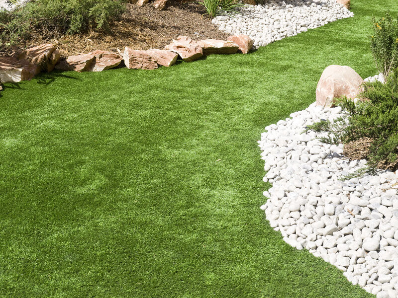 How to Choose the Right Synthetic Grass