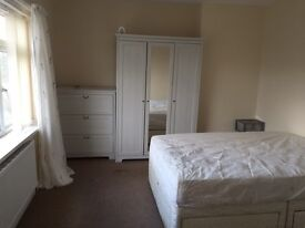 Room available Tang Hall