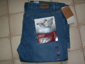 New Nevada Jeans Size 14P/31 flare leg.