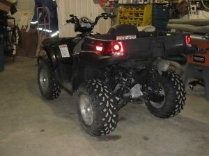 Polaris 500 Sportsman X2 with2 UP seat & tillting back cargo box