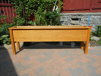 SOLID HONEY OAK TROUGH  PLANTER WITH TIN LINER GREAT AT WEDDINGS
