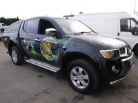 MITSUBISHI L200 ANIMAL LWB DCB AIR BRUSHED VALENTINO ROSSI PAINT WORK Black Manu