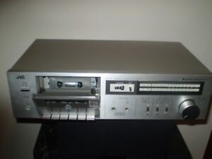 JVC DKD-D2 STEREO CASSETTE TAPE PLAYER / Excellent Cond.