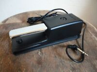Roland DP-10 digital piano foot pedal