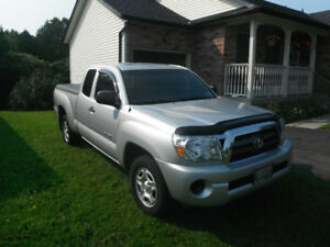 Toyota Tacoma SR5 access cab Pickup Truck