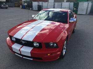 2006 Ford Mustang GT/VERY CLEAN