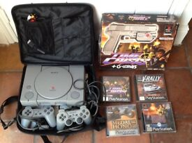 PS 1 CONSOLE + TIME CRISIS GAME/GUN & 3 Games