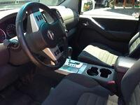 2009 Nissan Pathfinder SUV, Crossover
