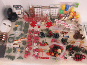 162 CRAFT MIXED LOT (BIRDS, RIBBON, FRUITS, LEAVES, WINGS...)