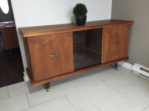 Bar / Bahut en Noyer ** Mid Century ** Walnut Liquor Cabinet