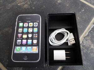 I-PHONE 3GS  32GB  NOIR EN EXCELLENT ETAT.