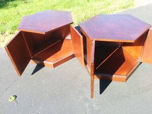 Coffee table and two end tables London Ontario image 2
