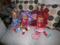 Strawberry shortcake dolls and accessories