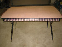 Unique, retro pink and black table in good shape