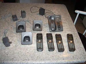 Panasonic cordless phones with answering system (4 piece)