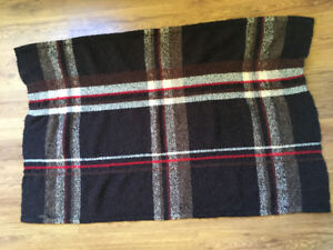 Handwoven blanket/throw