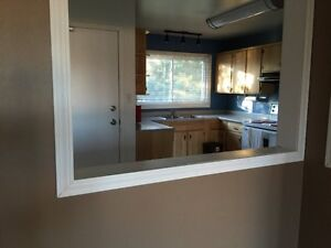 Holliston 3-bdr Bungalow (Main Floor Only) Is Available June 1st