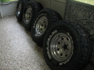 "Wrangler MTR 33's on 15"" Aluminum American racing style rims. London Ontario image 1"